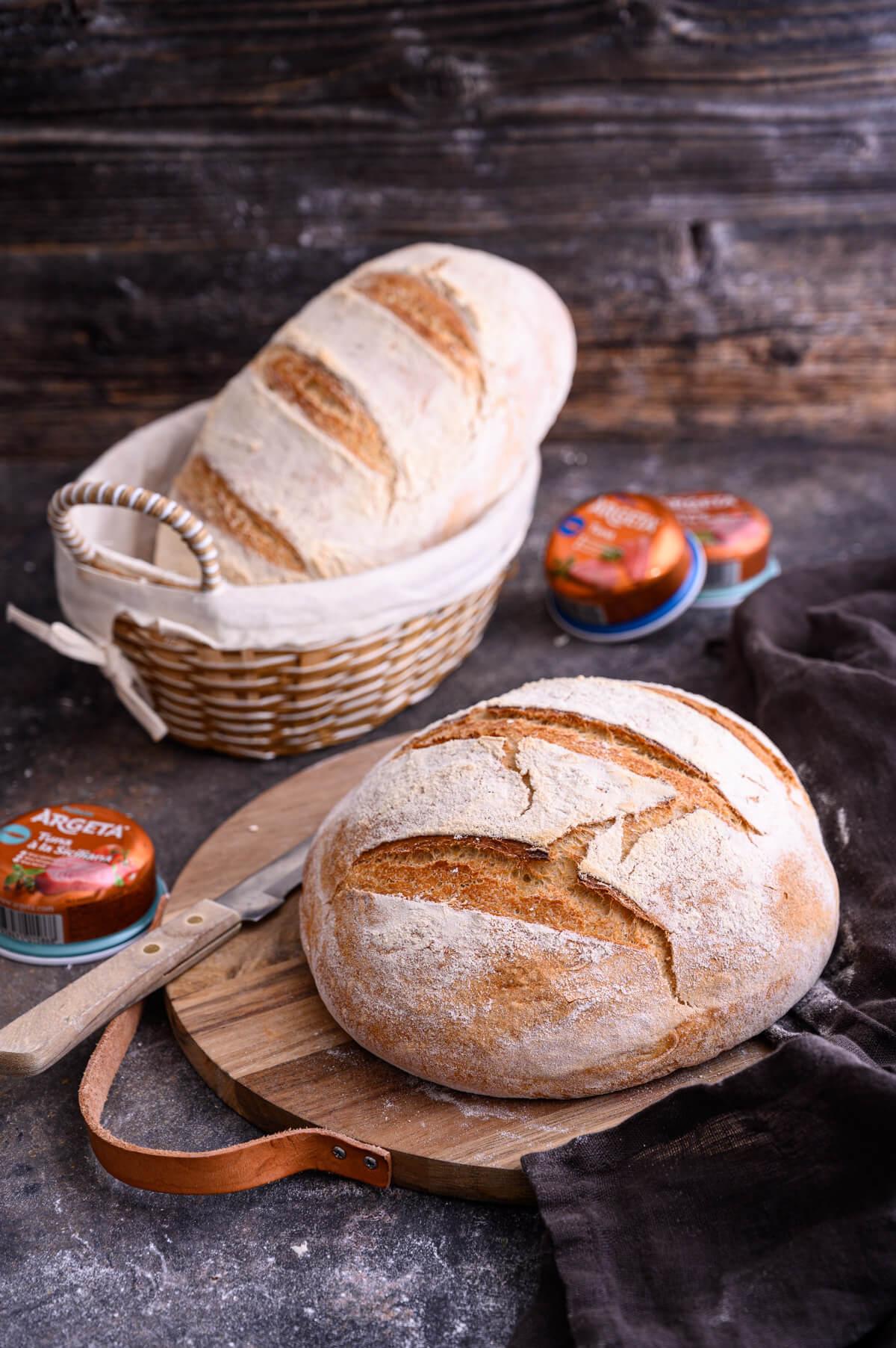domači kruh z Argeto